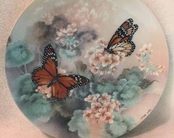 W.L. George On Gossamer Wings Collector Plate - 'Monarch Butterflies' (230)
