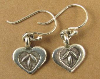 Small heart earrings. Stamped pattern. Fine silver. Sterling silver hooks.
