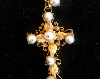 Exquisite Gold and Pearl Cross