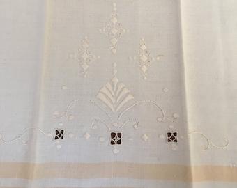 Vintage Dish Towel Handmade Satin Stitch Kitchen Towel 1940s