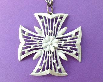 WHITE Maltese CROSS Pendant, White Enamel Cross with Ornate Openwork, Cross & Matching Neck Chain, 1960s Cross Necklace, White Cross
