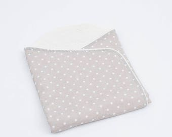 Baby Lullaby with curling interior of the white Polka dots model
