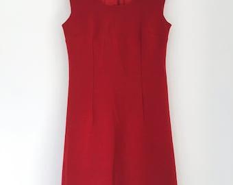 Super cute vintage pinafore dress - beautiful rasbperry colour