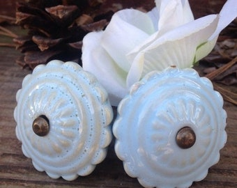 SALE SALE SALE Drawer Pulls / Drawer Knobs / Shabby Chic Knobs / Set of 2