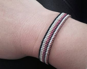 NEW - small bracelet simple and lightweight line right weaving color