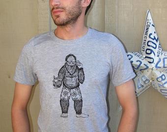 Sasquatch shirt, Bigfoot Shirt, Yeti, Mens shirt, Mens t-shirts, Mens tees, Animal Shirt, Funny shirt, Bigfoot, Sasquatch, Yeti Shirt