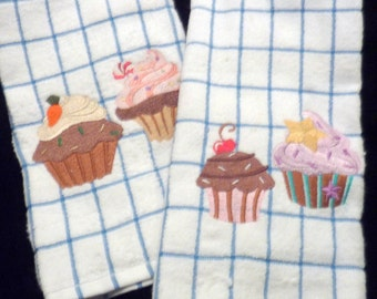 Embroidered Kitchen towels - Towel sets - dish towel - Embroidered Cupcake towel - tea towels - Decorative Kitchen towels set of 2