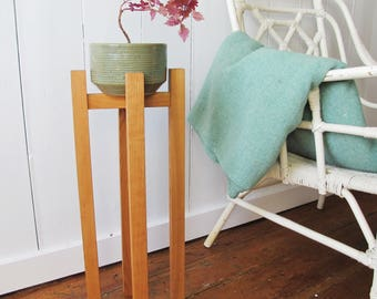 THE STILT - Mid Century Plant Stand - Plant Stilt - Wood Planter - Cherry Wood - 24'' - Made in Canada