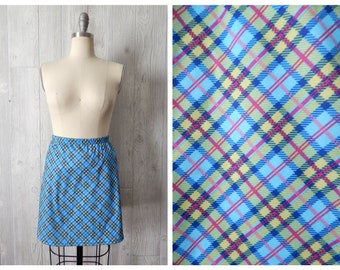 Women's Vintage 90s Fiorlini Blue Pink Green Tartan Plaid Printed Stretchy Polyester Mini Skirt with Hidden Shorts // Size L