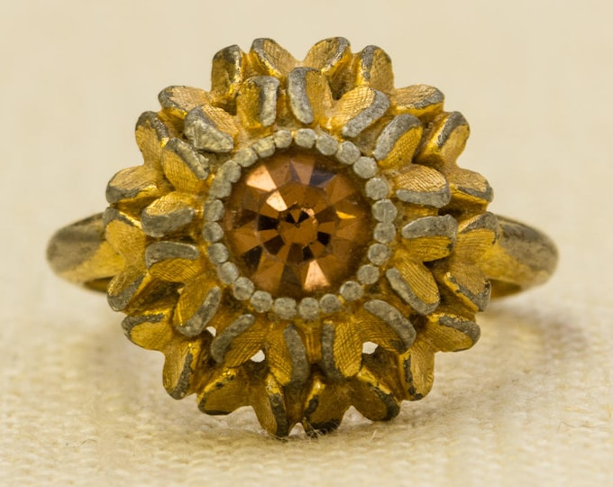 Amber Rhinestone Vintage Ring Flower Floral Gold Avon US Womens Size 3.5 to 7.5 Adjustable 7RI