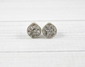 Druzy Stud Earrings, Druzy Earrings, Minimalist Stone Earrings, Druzy Studs, Druzy Bridesmaid Earrings, Gemstone Earrings,Bridesmaid Jewelry