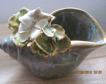 Marianne's Shell with Plumeria