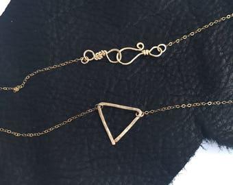 Geometric Triangle Choker