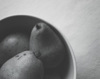Food Photography, Pears Photo, Black and White Photography, Pears Print, Still Life Photography, Kitchen Wall Art, Rustic Decor