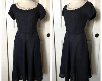 Vintage 1950's Dark Navy Blue Cotton Fit and Flare Day Dress w/ White Floral Appliqué Trim - size Medium 28 inch waist
