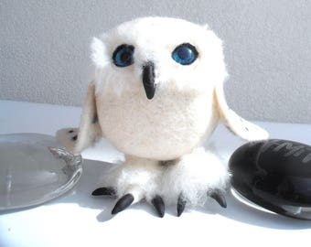 OWL figurine white felted wool