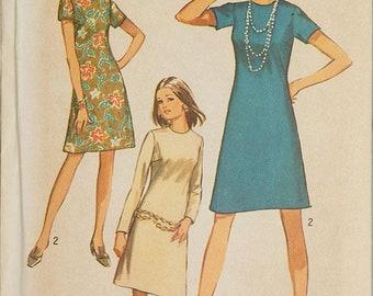 1970 Simplicity 9072 Simple To Sew Shift Dress Pattern Jiffy Pattern Easy Pattern Size 14 Bust 36 - Size Small Size Medium