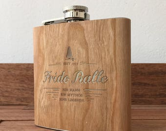 Flask with wood lamination and personal engraving