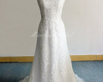 Elegant Fit and Flare Vintage Lace Wedding Dress, Boho Wedding Dress, Mermaid Wedding Dress With see thru lace back and capsleeves