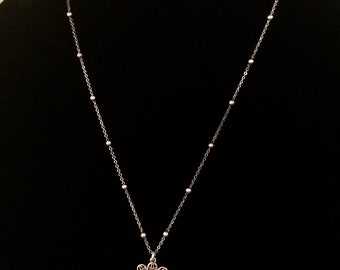 Silver plated, nickel free, floral pendant necklace
