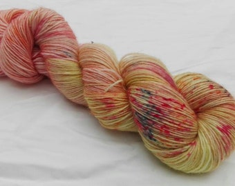 Hand dyed yarn variegated speckled sock 4-ply 100% superwash BFL Indian Summer