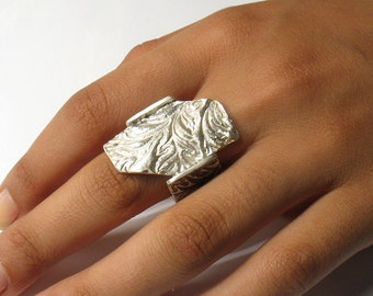 The River of Flowers-large printed and partly oxidized silver ring