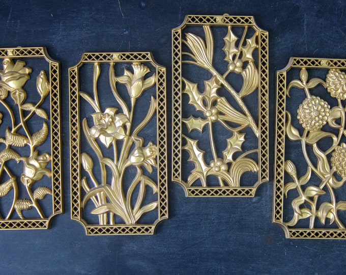 Plastic Floral Wall Hangings Set of 4 Golden Gold Flower Hangings Retro Ranch Home Decor