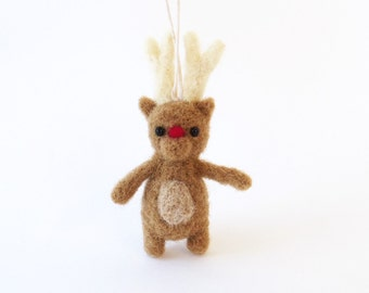 Miniature Christmas deer ornament, needle felted Rudolph reindeer - light brown, tiny felt animal, woodland charm