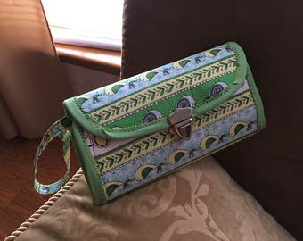 Purse - Green With Envy Clutch Bag