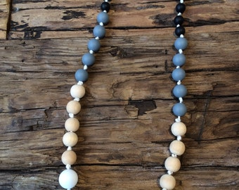 Teething necklace, silicon and natural wood, Scandinavian
