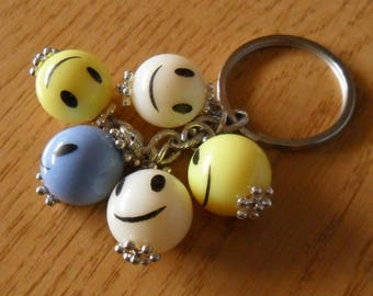 Keychain women colored pearls with smile