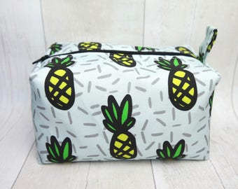 Large box makeup bag made with digitally printed linen cotton canvas fabric