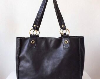 Black Leather Tote Shoulder Bag by VERA PELLE