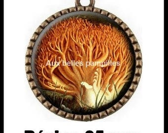 Bronze round Cabochon pendant 25 mm epoxy resin - woodland mushroom (1746)