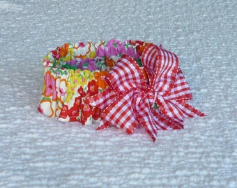 "Dog Ruffle Collar, Pet Bandana, Red, Pink and Orange Floral Dog Scrunchie Collar - gingham bow - Size L: 16"" to 18"" neck"