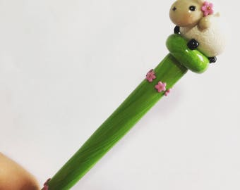 Ewe Sheep Ergonomic Crochet Hook