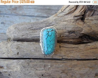 ON SALE Turquoise ring handmade in sterling silver 925 with a spiderweb Hubei turquoise stone