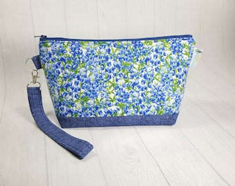 Small Knitting Project Bag, Texas Trails Bluebonnets, Zippered Wedge Bag, Zipper Knitting Bag, Cosmetic Bag WS0077