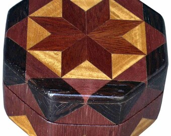Bloodwood Star Ring Box