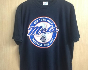 Medium Size METS New York Mets T-shirt Baseball By Majestic Famous Sport