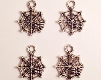 12 spiderweb charms - SCW125