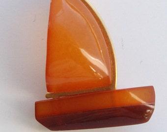 Designer vintage Baltic honey amber sailboat yacht pin