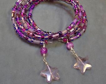 Memory Wire Cuff Bracelet in Pretty Pinks - Natural Quartz Crystal Stars -  Cuff Bracelet - SRAJD