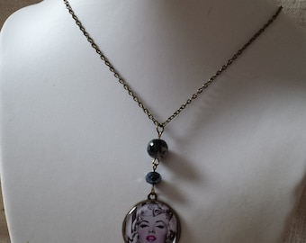 Marylin Monroe necklace
