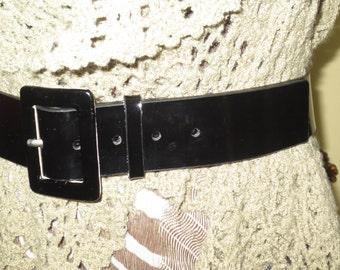 Woman's Vintage Black Patent Leather Belt , Size Medium , Nine West