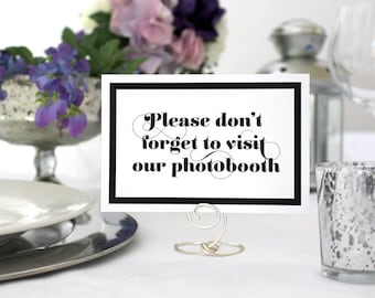 Romantic Photobooth Wedding Sign Deco Black and White