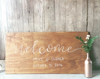 Customized wedding 'welcome' sign