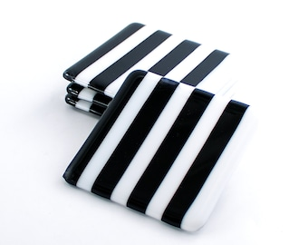 Black and White Coasters, Fused Glass Coasters, Minimalist Home Decor, Home Bar Accessories, Tabletop Display, Cool Gifts for Men
