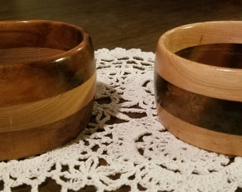Pair of small hand-turned bowls