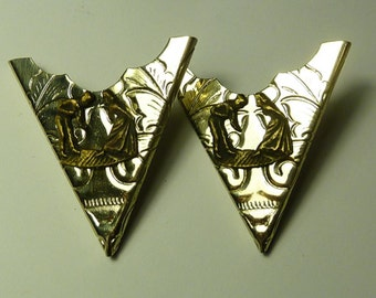 "Pair of Nickel Collar Points - ""Square Dance"""